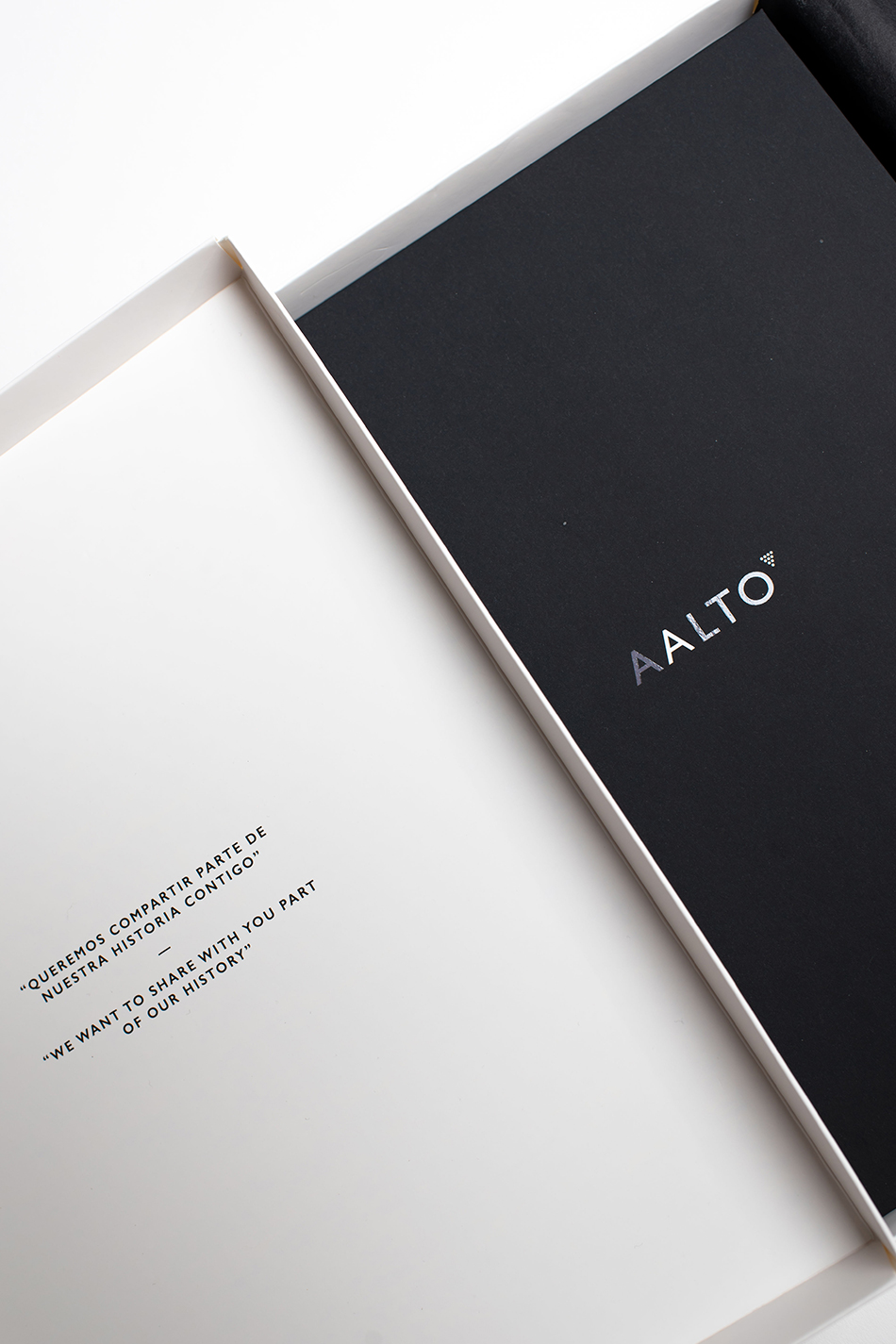 Aalto-book-04-packaging